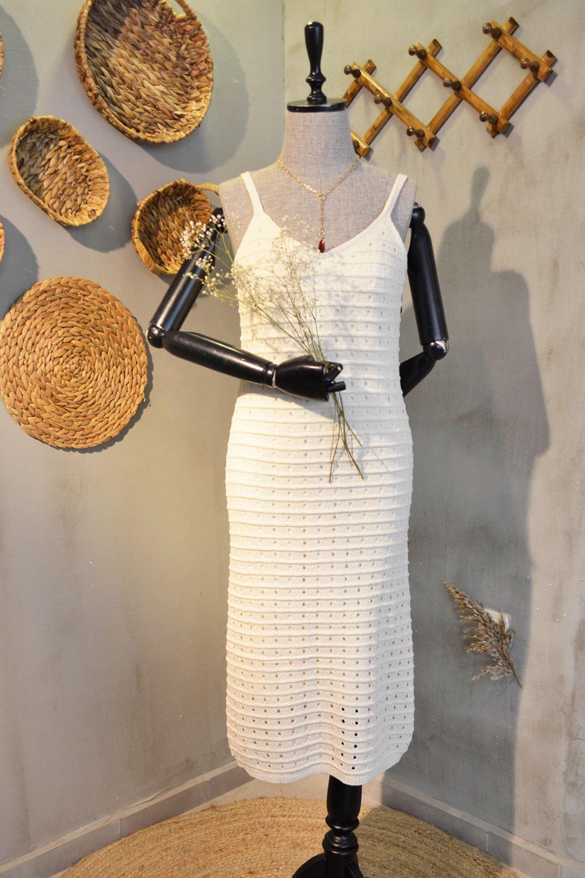 Astarlı Triko Elbise