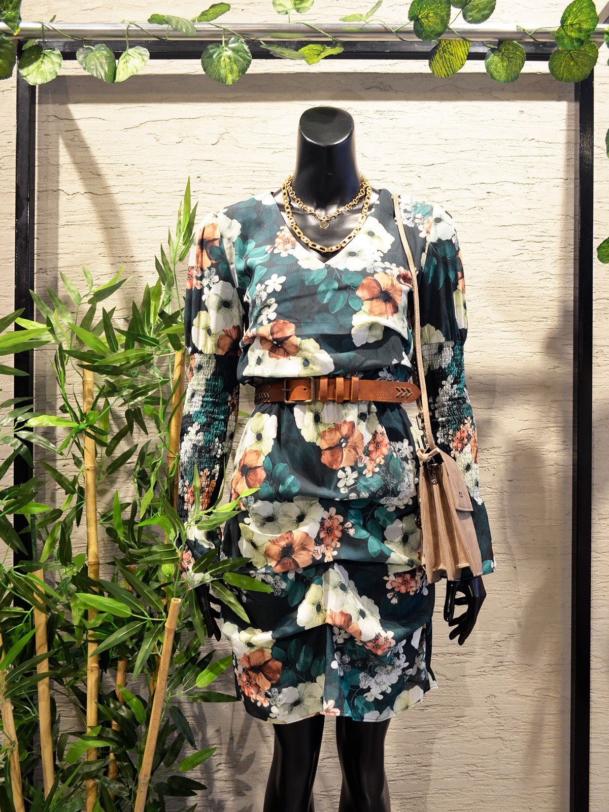 Kolu Gipeli Elbise