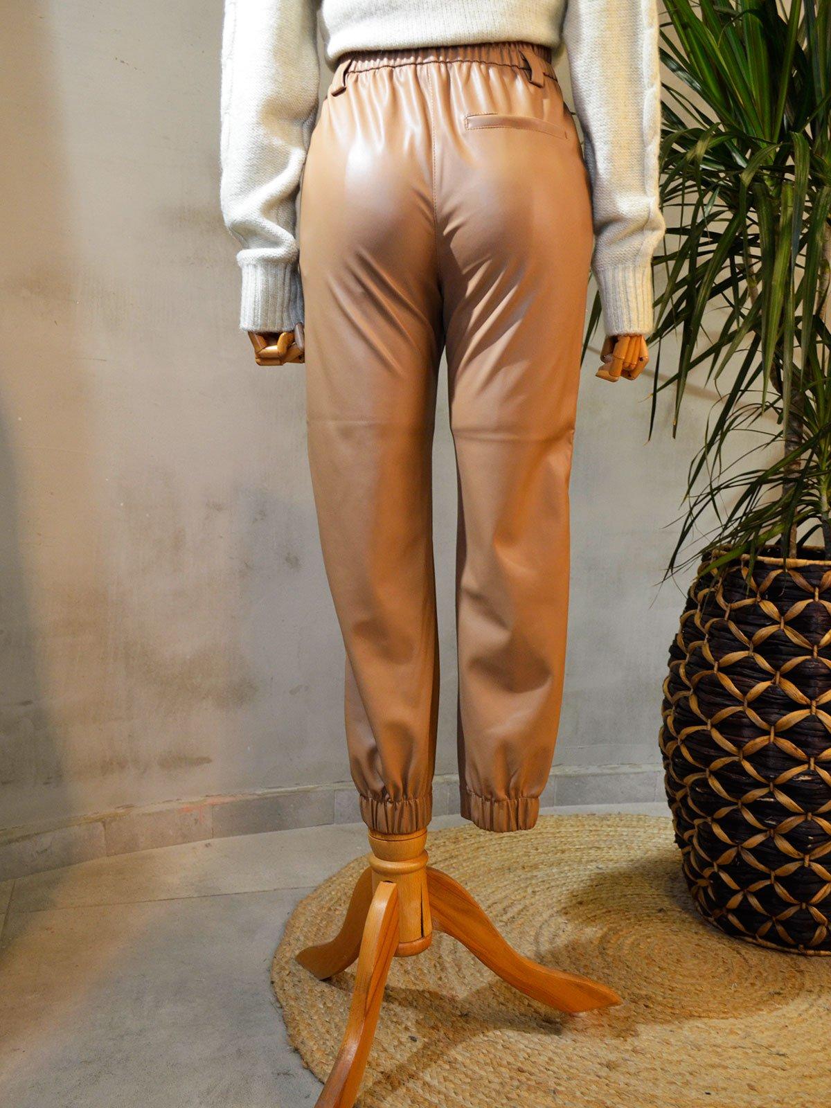 Paçası Lastikli Deri Pantolon