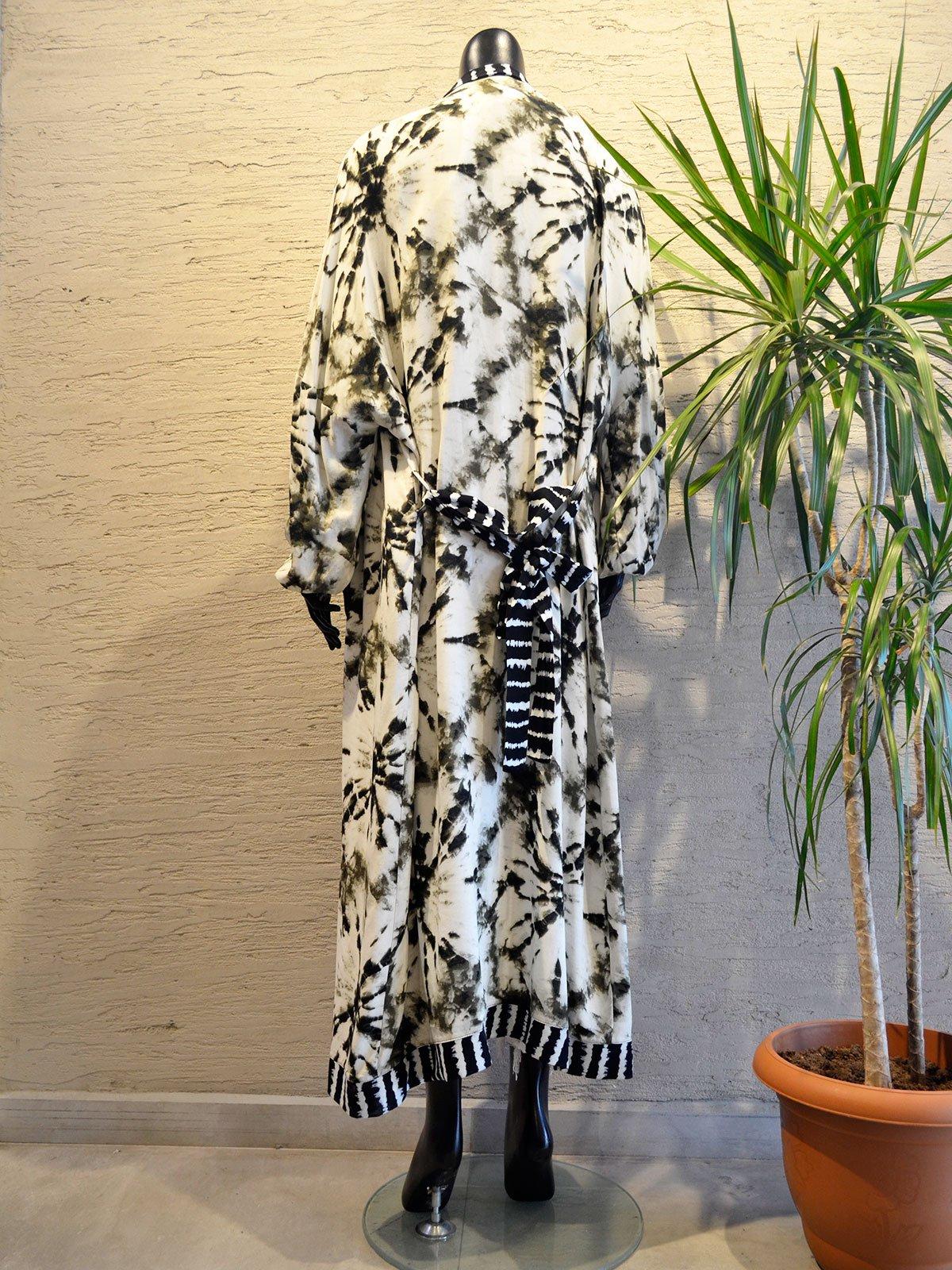 Desenli Uzun Kimono