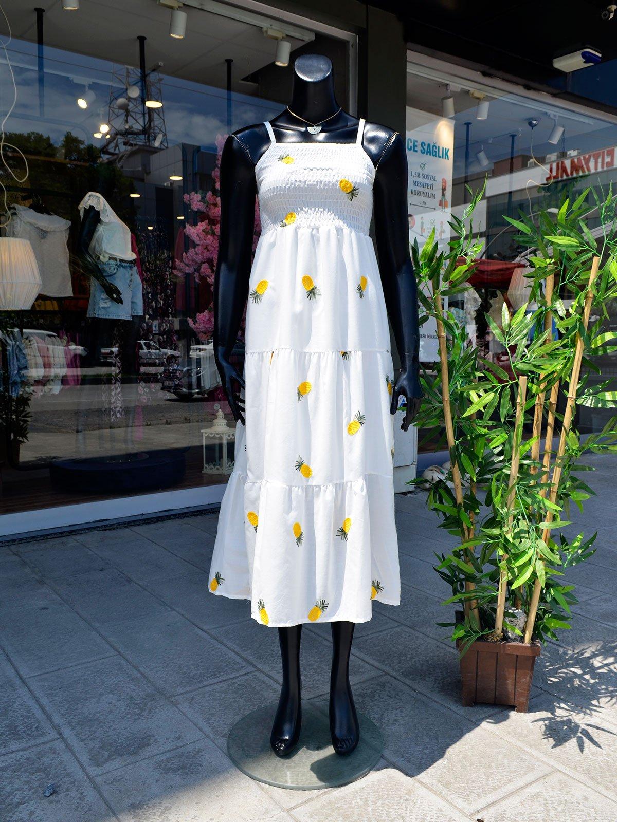 Gipeli Nakış Detaylı Elbise